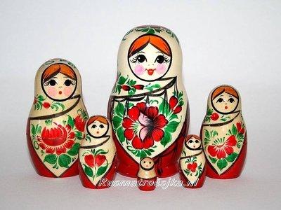 Traditionele Matroesjka 'Sudarushka', 6-delig