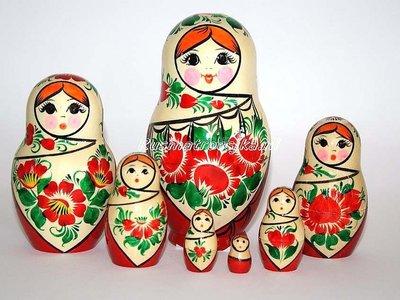 UITVERKOCHT Traditionele Matroesjka 'Sudarushka', 7-delig