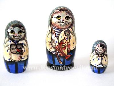 Matroesjka 'Kat met vis', 3-delig
