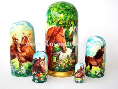 Matroesjka 'Paarden', 5-delig