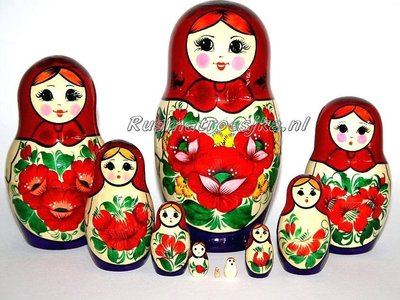 UITVERKOCHT Traditionele Matroesjka 'Souvenir', 10-delig