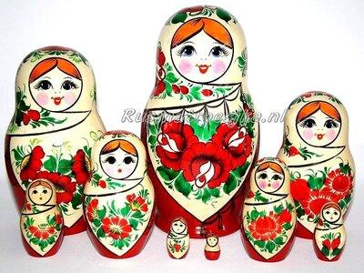 UITVERKOCHT Traditionele Matroesjka 'Sudarushka', 9-delig