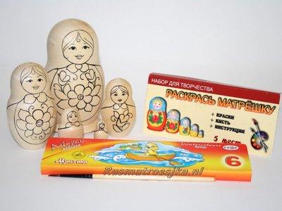 Matroesjka 'Colour Doll'-2, 5-delig